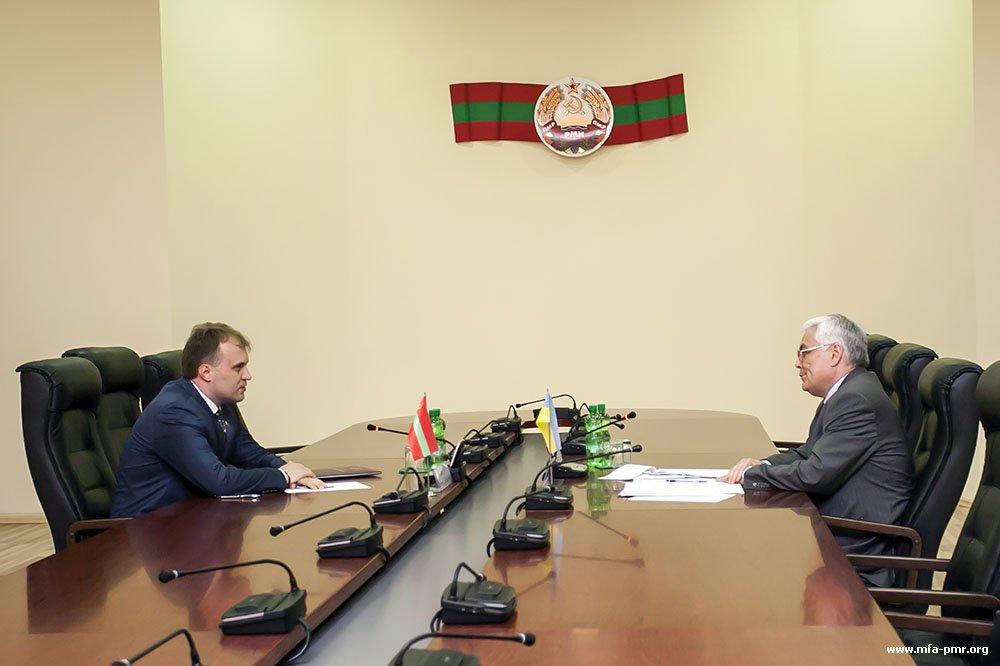 The President of the PMR Hosted Sergey Pirozhkov, Ambassador Extraordinary & Plenipotentiary of Ukraine in the Republic of Moldova