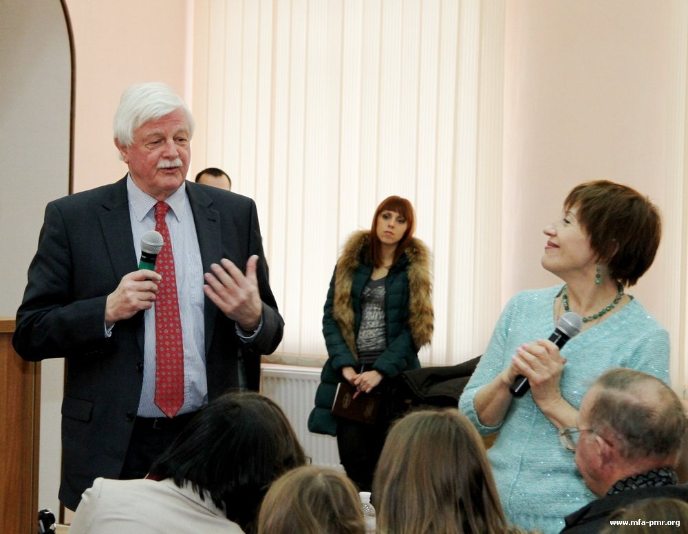 An Open Lecture on Tuberculosis Takes Place in Tiraspol