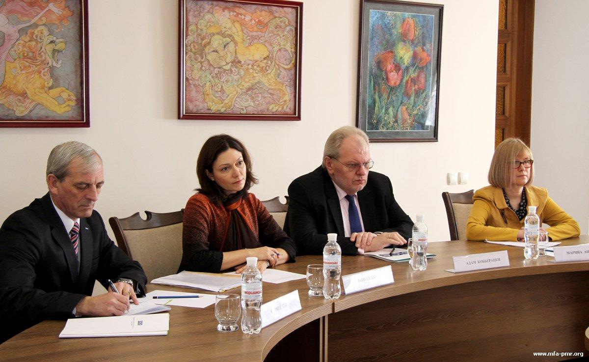 Нина Штански встретилась с Адамом Кобьерацки