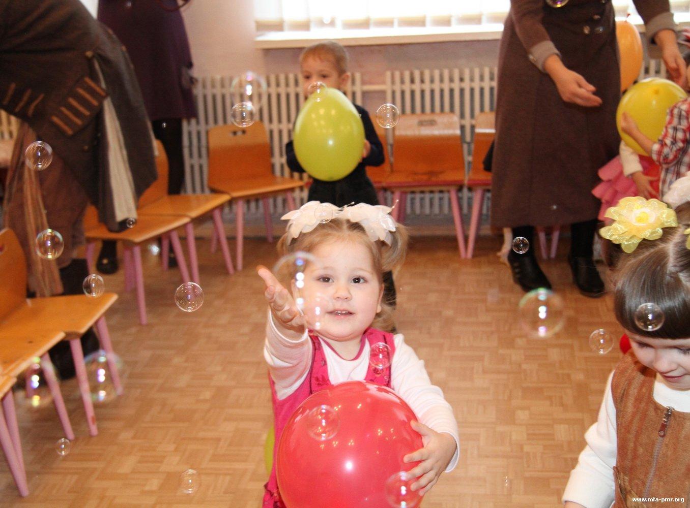 Нина Штански и Наиля Мухаметшина посетили республиканский дом ребенка