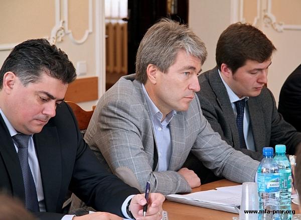 Meeting between Nina Shtanski and Yevgeny Karpov