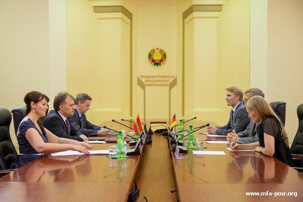 Президент Приднестровья Евгений Шевчук принял Чрезвычайного и Полномочного Посла ФРГ в РМ