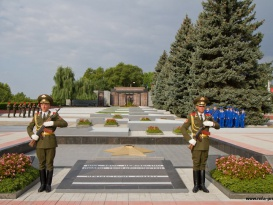 Tiraspol Hosts Solemn Events Dedicated to the 21st Anniversary since Creation of the Pridnestrovien Moldavian Republic